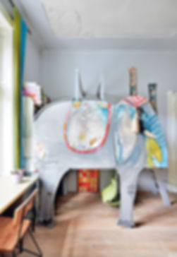 RabunaDesign dětský pokoj slon Michaela Bartoňová šedý houpačka