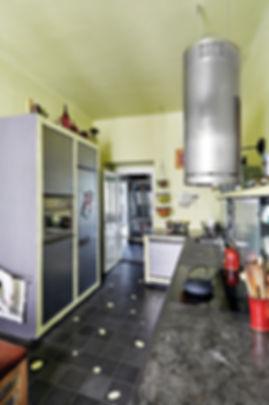 RabunaDesign kuchyně industriální tadelakt cementová dlažba šedá zelená