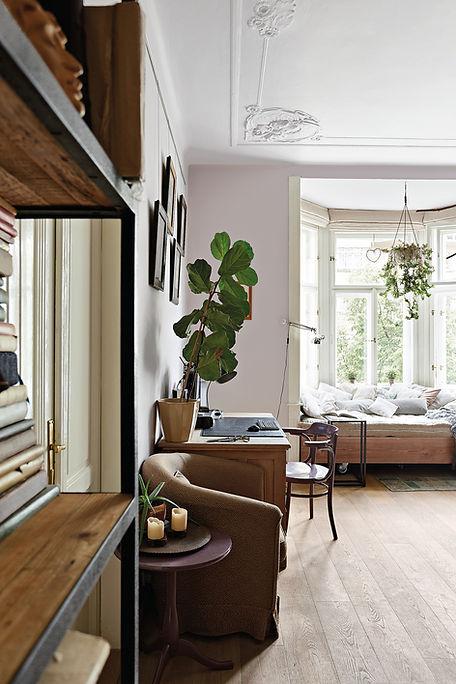RabunaDesign obývací pokoj industriální vintage secesní štuky