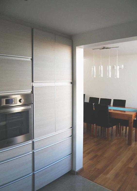 9 Cocina moderna intedrada.jpg