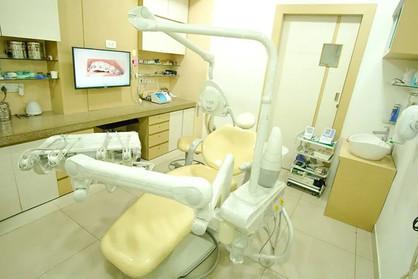 veeyes dental2.jpg