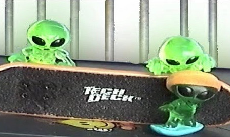 Aliens Episode 7: Trapped