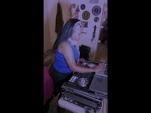 DJ Margo: Aaliyah Tribute Mini Mix