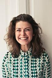 femme-souriante-plombage-dentiste.jpg