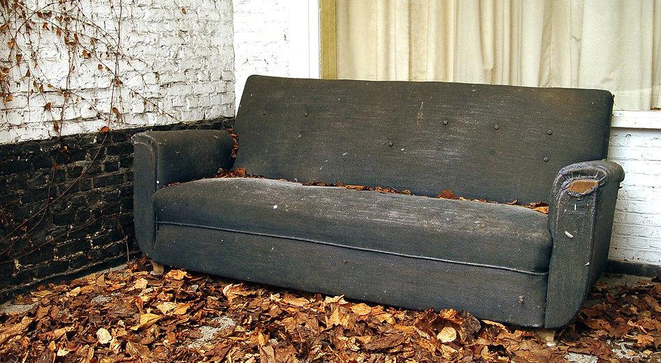 old-sofa-ff1479183.jpg