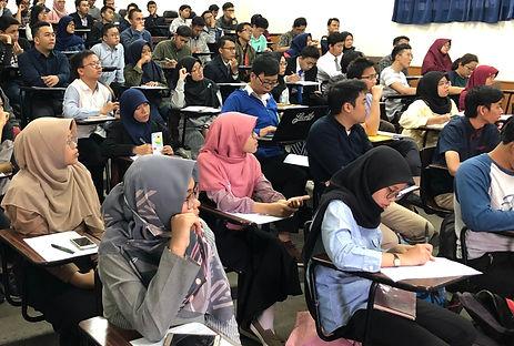 インドネシアの学生写真