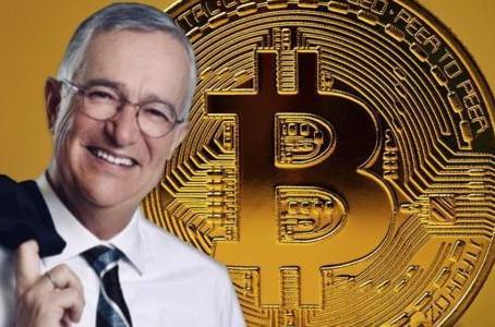 Ricardo Salinas Pliego planea abrir la puerta a las operaciones con bitcoin