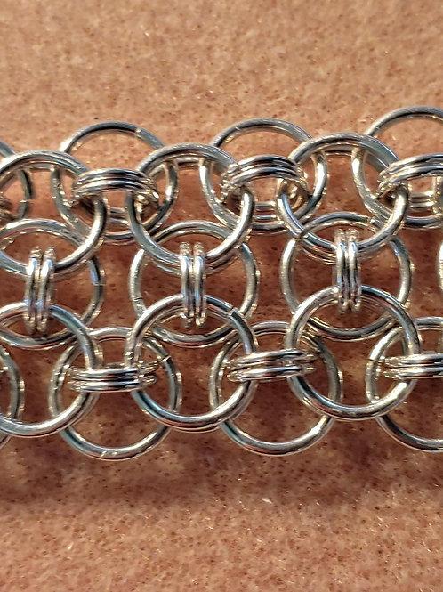 Helm Weave Variant: Bracelet