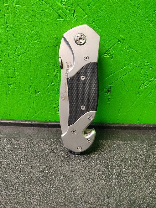 Smit &Wesson knife cedar city