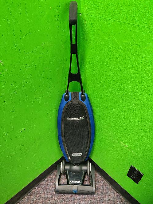 Oreck - LW100 - Bagged Upright Vacuum