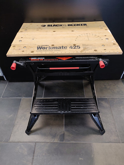 """Black and Decker - Workmate 425 - 30"""" Folding Portable Workbench and Vise - Ceda"""