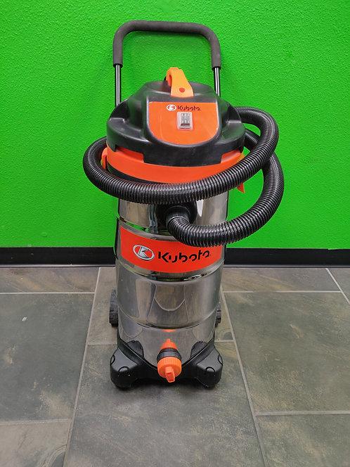 Kubota 709917 12 Gallon Wet/Dry Vacuum