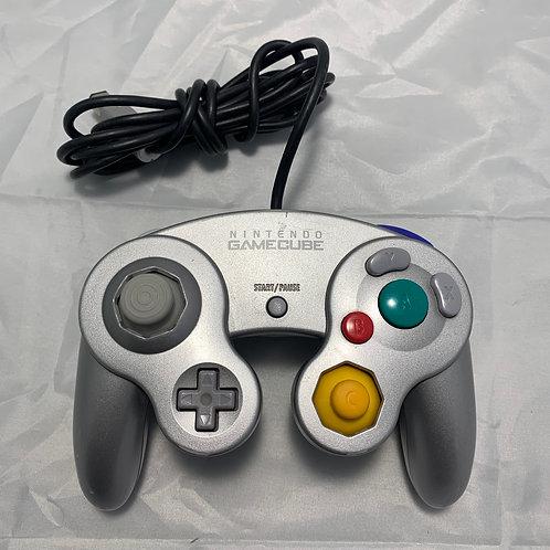 Nintendo GameCube Controller - Silver - St. George Boulevard