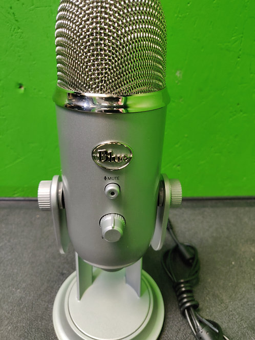 Blue Yeti Microphone With USB