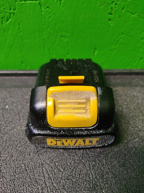DeWalt - DCB120 - 12V 12 Volt Max Lithium Ion Battery Pack- Cedar