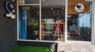 หน้าร้านกาแฟคอฟแมน ชลบุรี