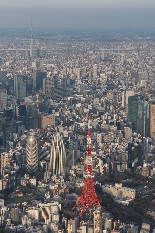 羽田新ルート 東京スカイツリーと東京タワー