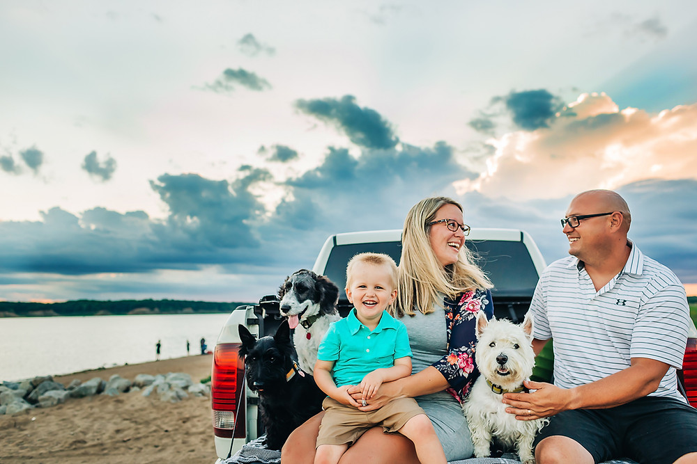 Des Moines Sunset Beach Family Photo