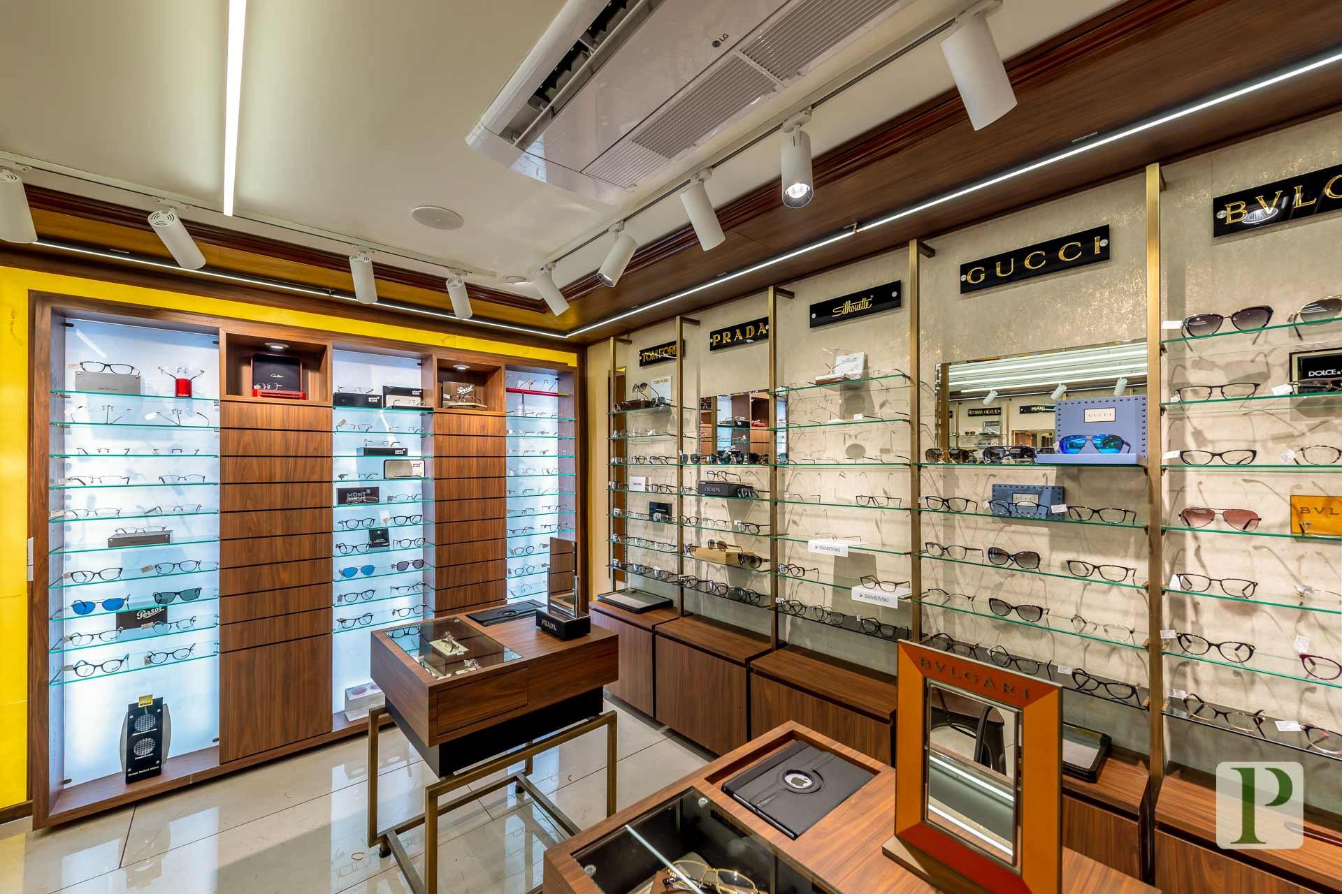 Lawrance-&-Mayo-Boutique-(24).jpg