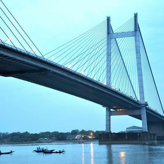 bridge-167041_1920.jpg
