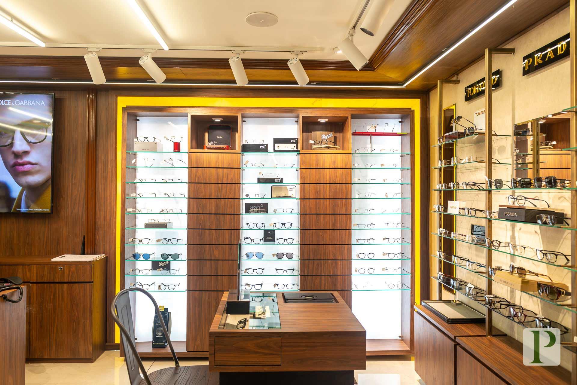 Lawrance-&-Mayo-Boutique-(25).jpg