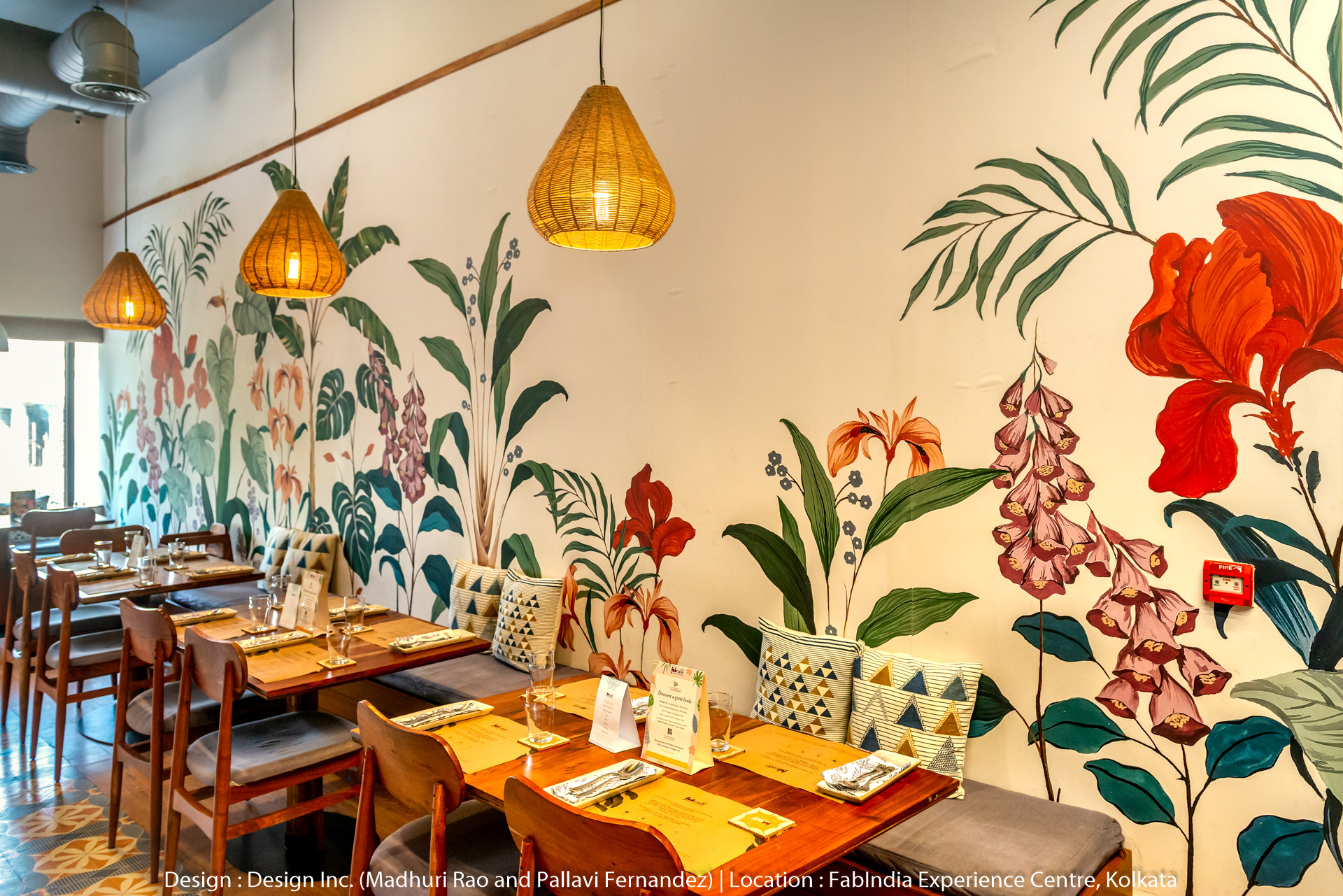 best restaurant interior design pics.jpg