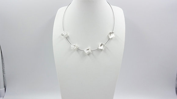 short necklace