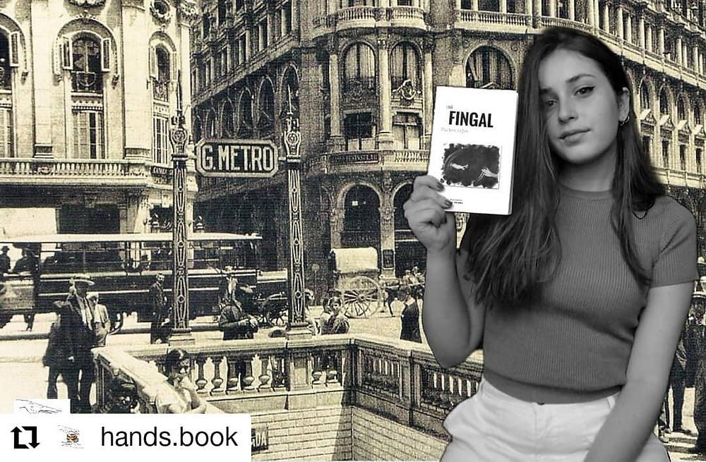 Sara de Hand's Book. ¡Como se lo curra, me quito el sombrero! ¡¡¡Una blogger literaria que sigo con entusiasmo!!!