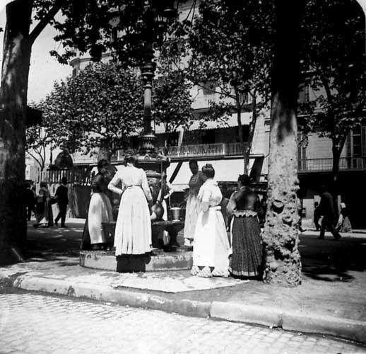 Font de Canaletes sobre 1900