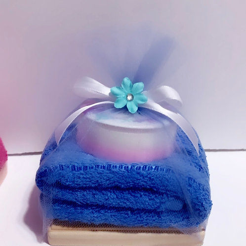 Set of soap and towel plus soap wood holder