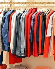 Vêtements sur ceintre