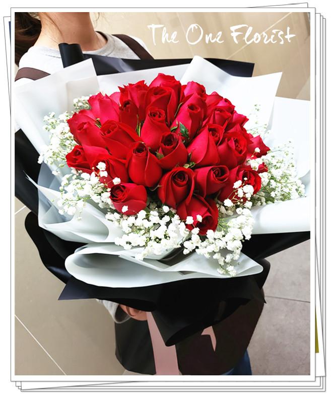 52枝紅玫瑰花束 BQ-132