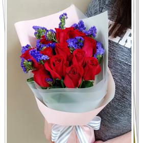 12枝玫瑰花束.jpg