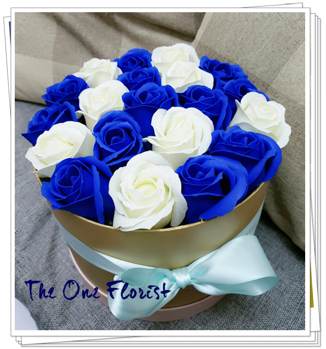 (K15)香皂花-藍白玫瑰花盒
