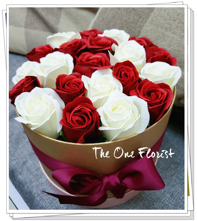(K12)香皂花-酒紅白玫瑰花盒
