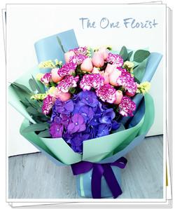 (MD-A12)母親節荷蘭繡球康乃馨小玫瑰花束