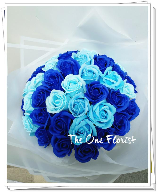 (K07)香皂花-深淺藍玫瑰花束