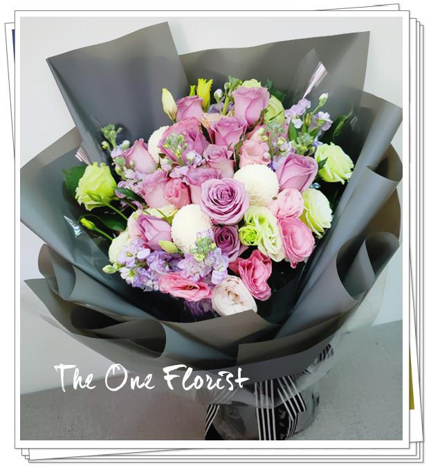 12枝裝紫玫瑰射香花束(BQ-154)