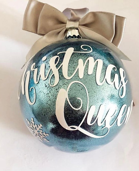 Christmas Queen Round Christmas Bauble