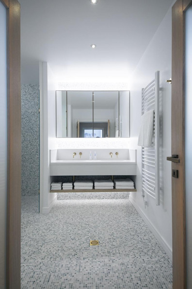 8 - Master bathroom - basins.jpg