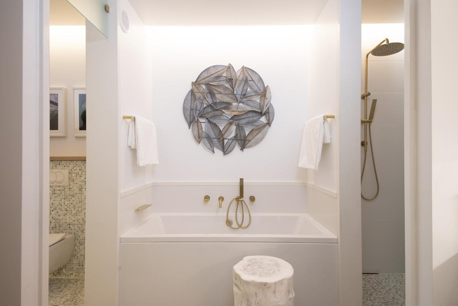 9 - Master bathroom -  bath.jpg