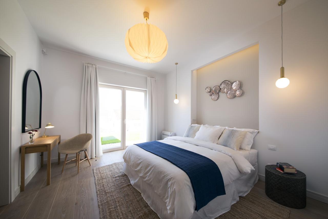 7 - Master bedroom.jpg