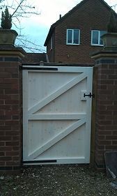 Ledge and brace gates