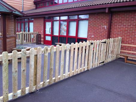 Woodloes school new fencing