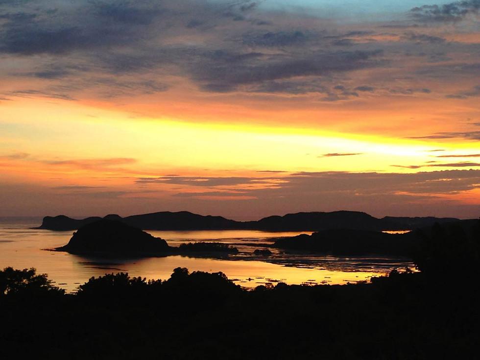 Lobster-Bay-Sunset.jpg