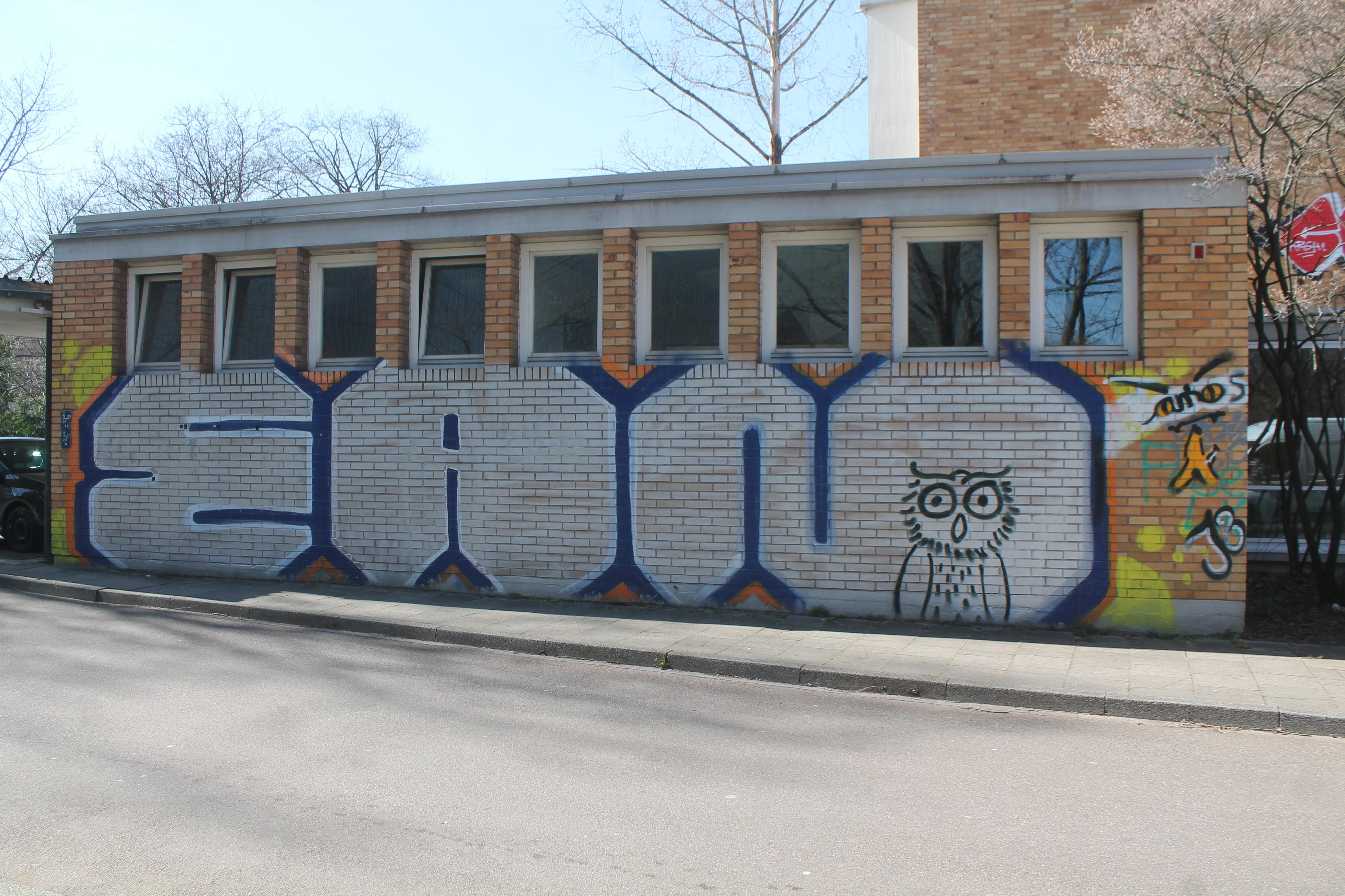 Großflächige Graffitis