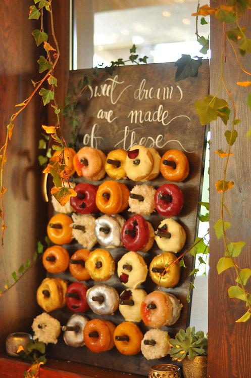 Tablica wieszak na donuty