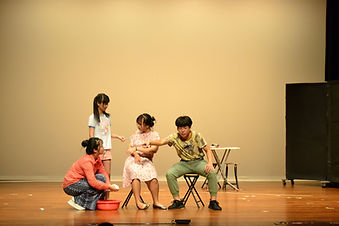 學校劇場2.JPG