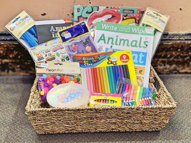 Holiday craft essentials Apr 2019