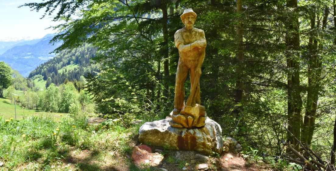 morgenholz_niederurnen_skulpturenweg.jpeg